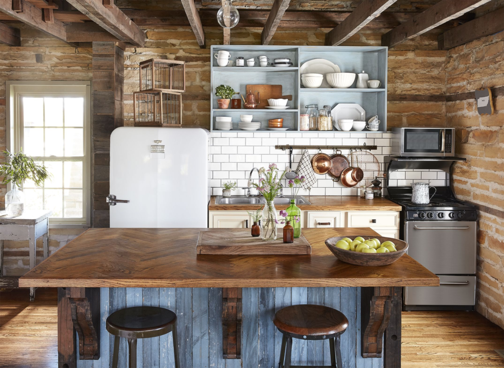 Farmhouse Kitchen - 5 New Year's Resolutions for a Kitchen Remodel