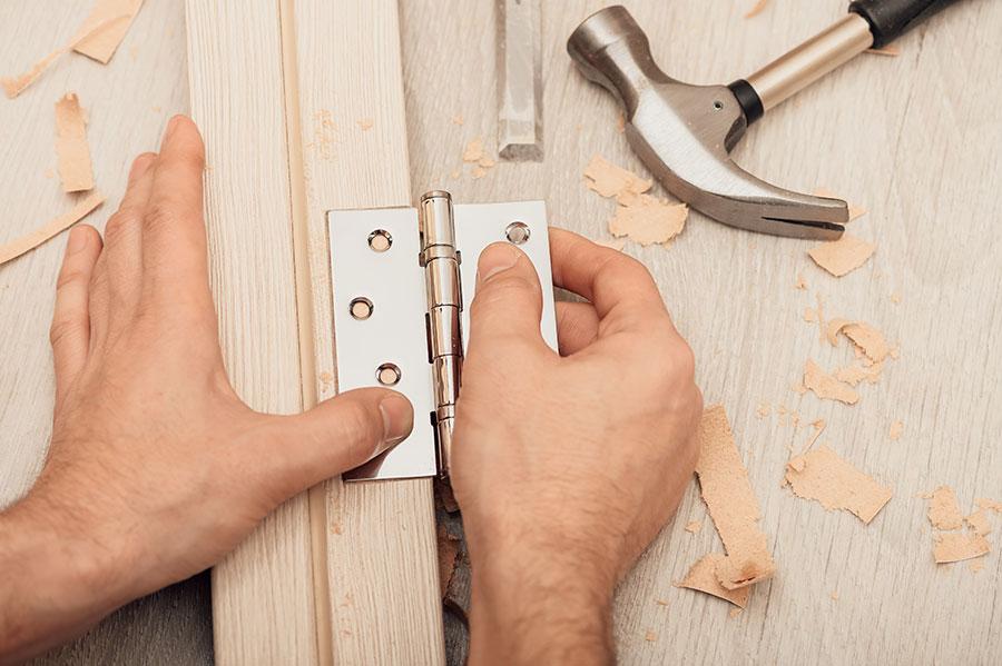 installing semi-concealed hinge